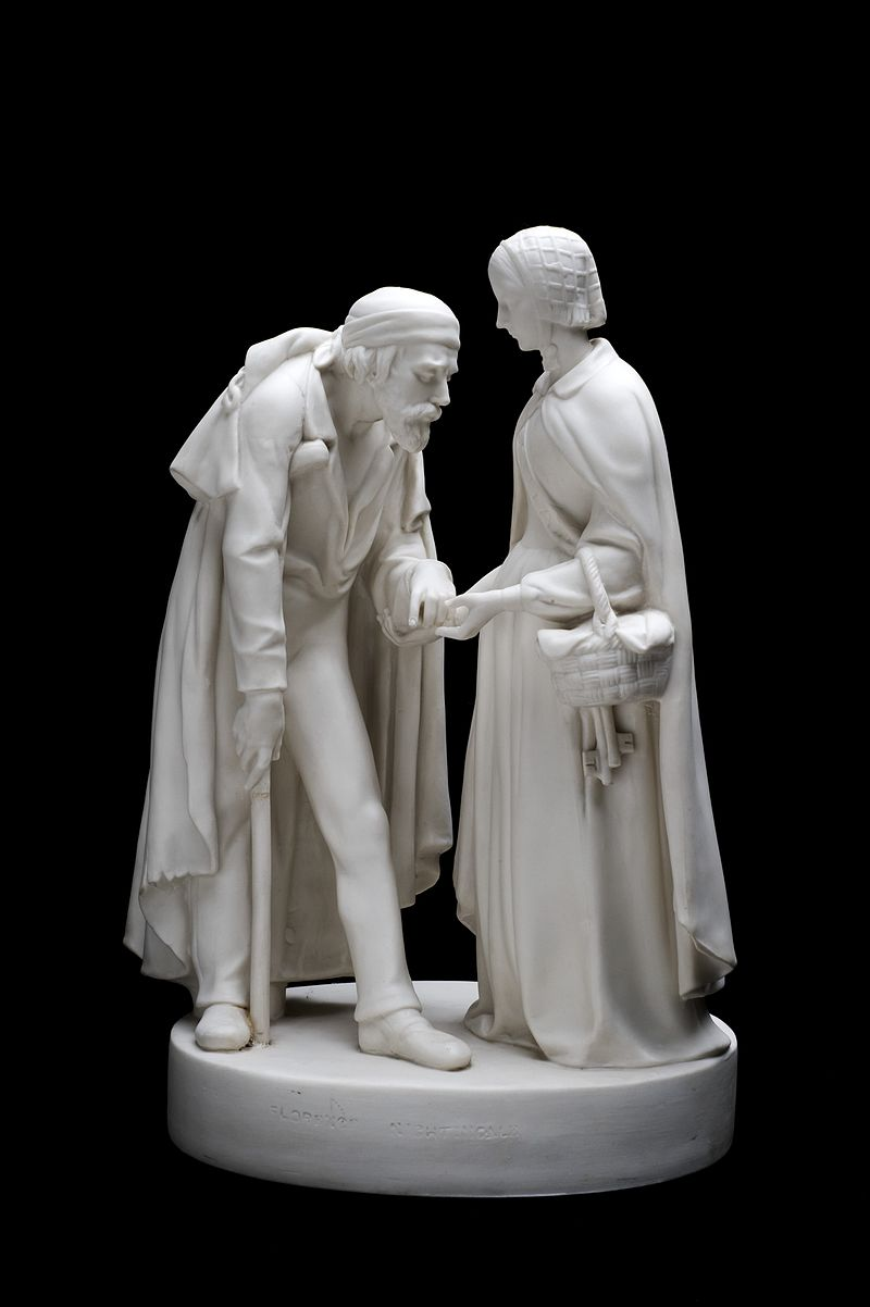 800px-Statue_of_Florence_Nightingale_and_a_wounded_soldier,_Englan_Wellcome_L0058883
