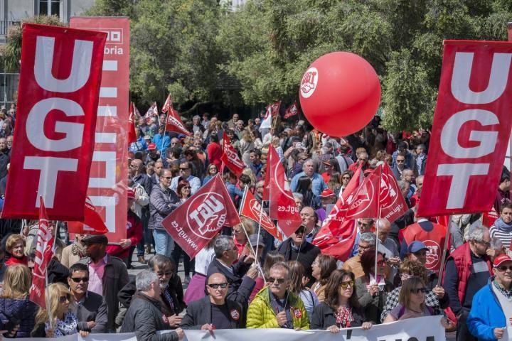 manifestacion 1 de mayo ugt cantabria